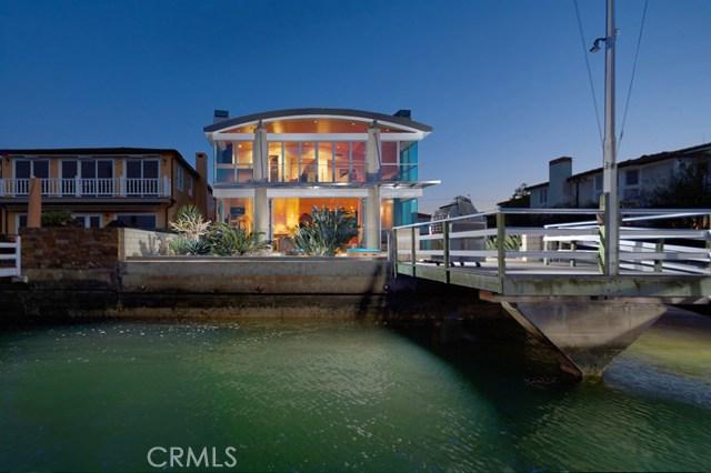 Photo of 1042 W Bay Avenue, Newport Beach, CA 92661