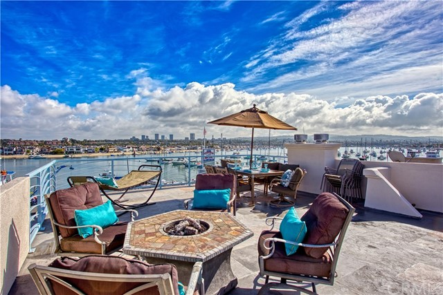 Photo of 809 E Bay Avenue, Newport Beach, CA 92661