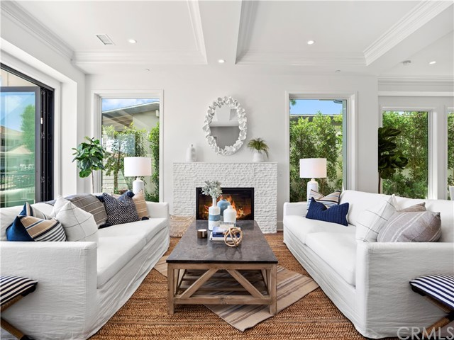 Photo of 411 Heliotrope Ave, Corona del Mar, CA 92625