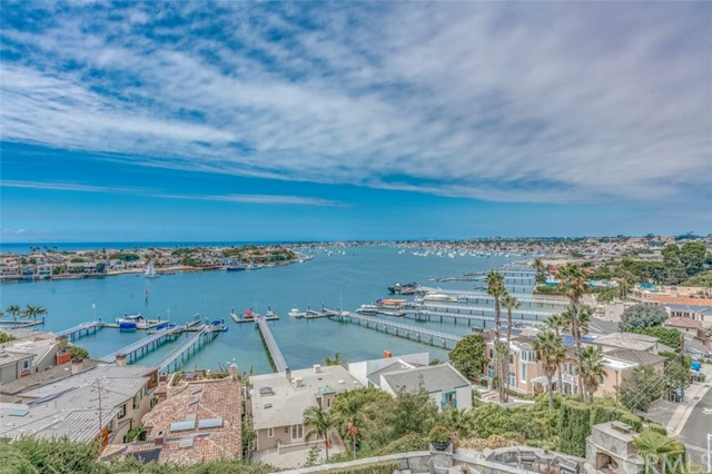 Photo of 309 Carnation Avenue #4, Corona del Mar, CA 92625