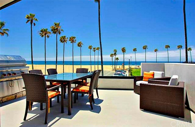 Photo of 926 E Oceanfront, Newport Beach, CA 92661